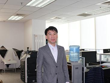 総経理の李社長。日本語が堪能です(^0^)