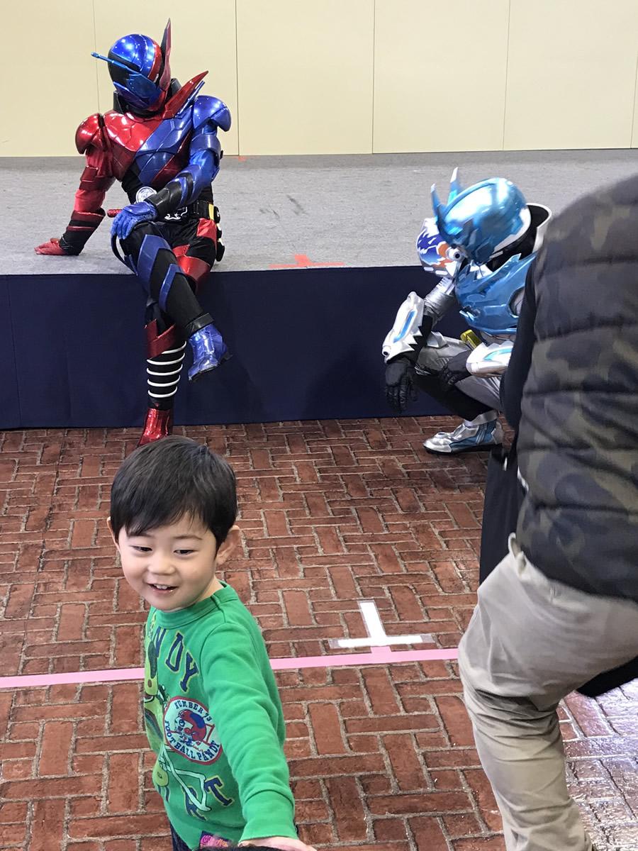 息子の仮面ライダービルドショーでのテンションの上がり方がハンパない
