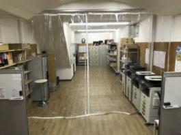 透明間仕切りシート ビニールカーテン 事務所 設置